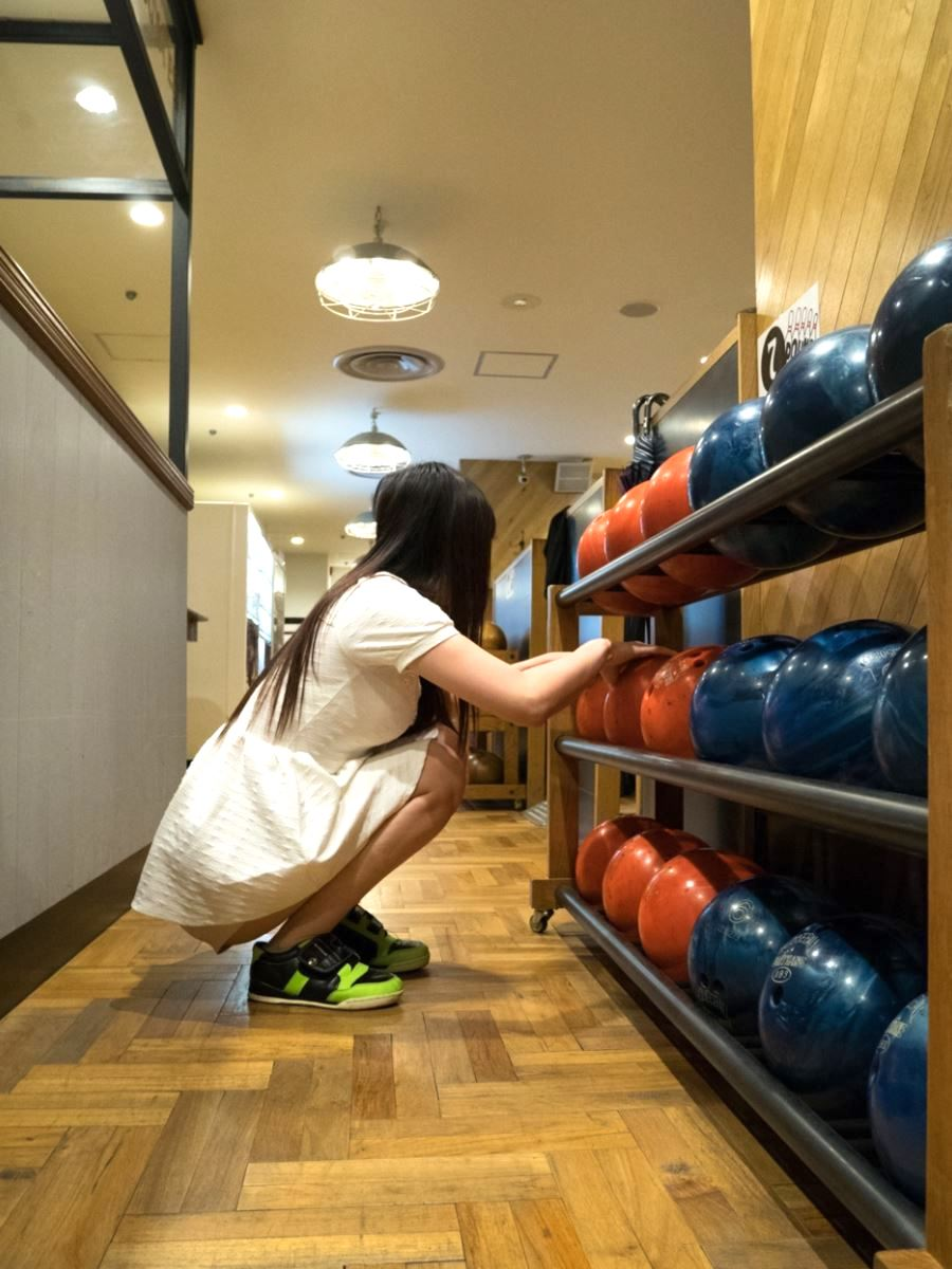 bowling tokyo jyosei iyashi 1 - スパンキングと言葉責めが大好きなヤンデレ依存系女子とボーリング   東京都世田谷区