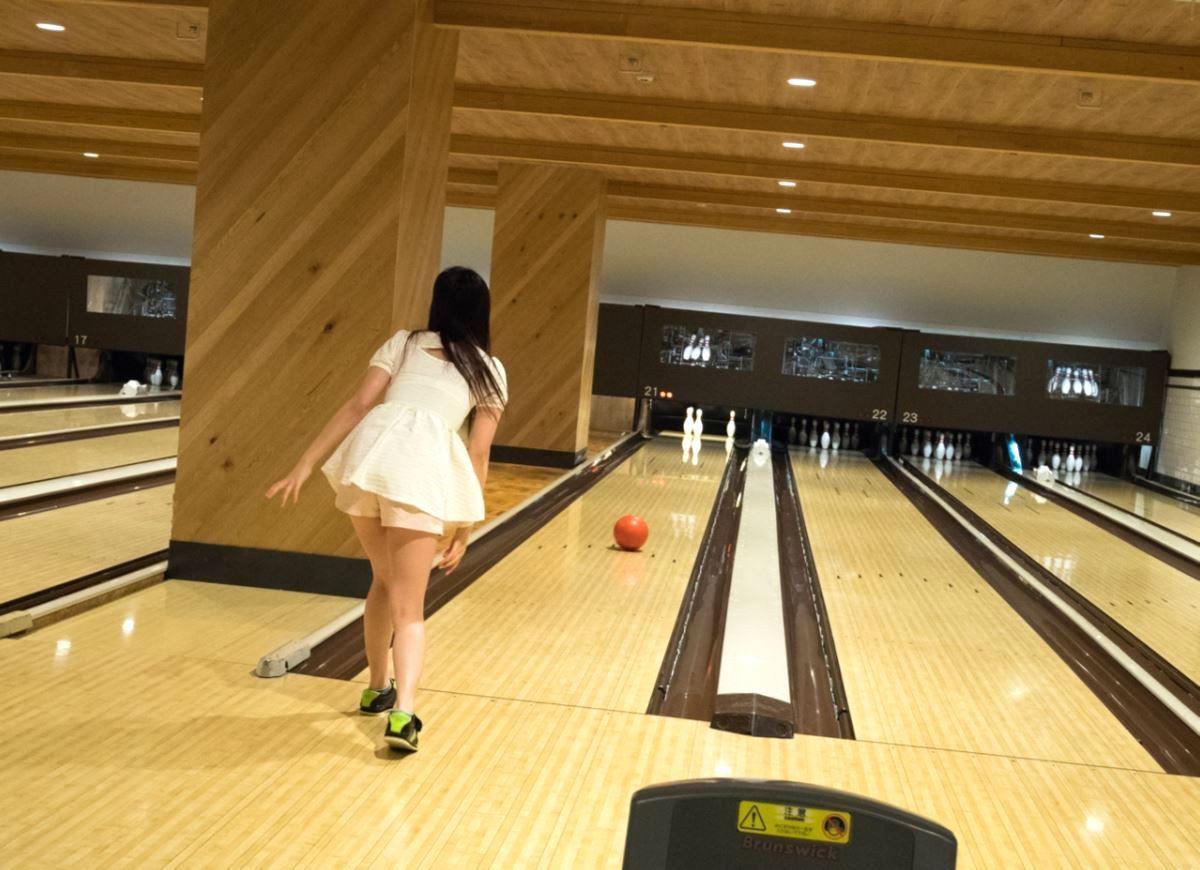 bowling tokyo jyosei iyashi 3 - スパンキングと言葉責めが大好きなヤンデレ依存系女子とボーリング   東京都世田谷区