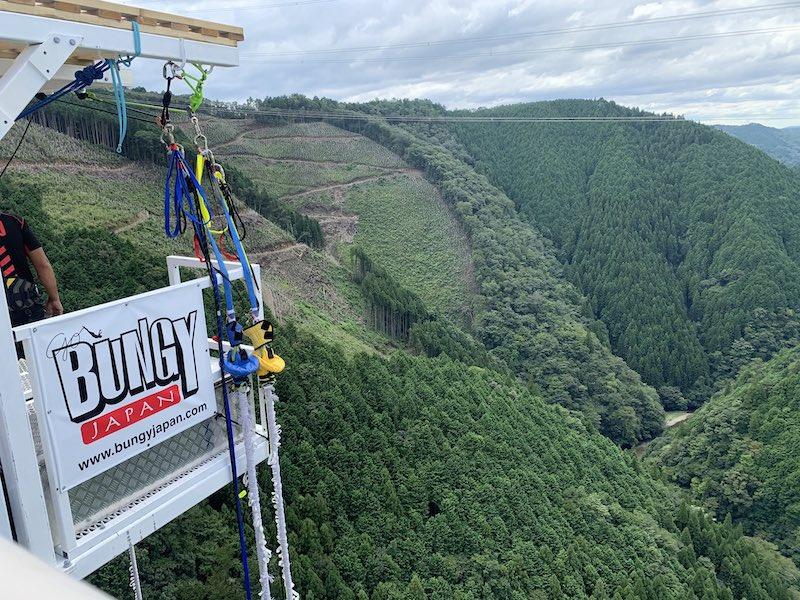 gifu banji jump 3 - 【日本一の高低差】高低差215mの岐阜バンジーで飛んできた
