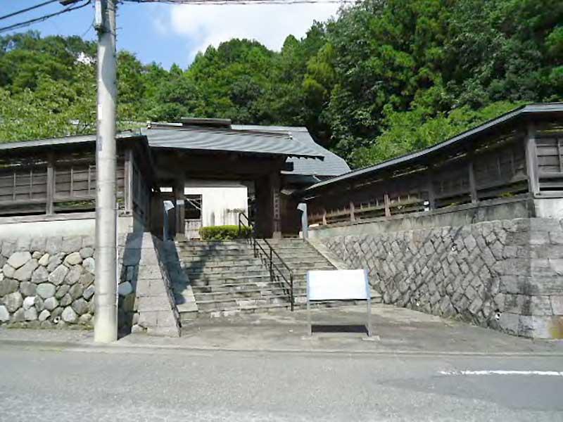 hachiouji kununomichi - 八王子市の南大沢周辺を散歩「絹の道資料館」とパフェ