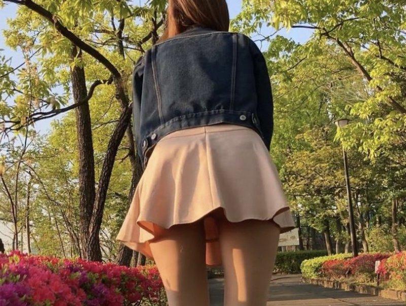 omotya sanpo - 休日で賑わう公園にリモコンローターを入れて露出散歩 | 東京八王子